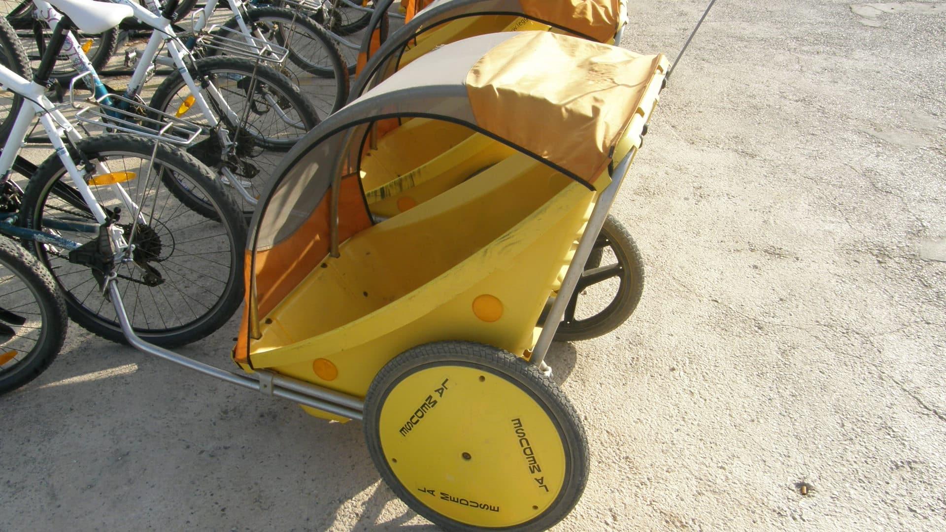 Remorque vélo , à la Méduse, location de vélos à Porquerolles